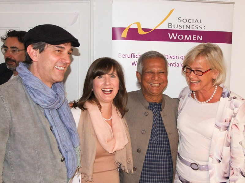 Social Business Women - Besuch Professor Yunus
