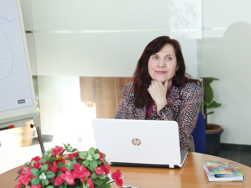 Social Business Women Sigrid Knorr