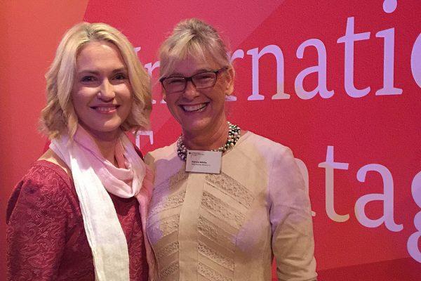 Manuela Schwesig und Gabriele Möhlke